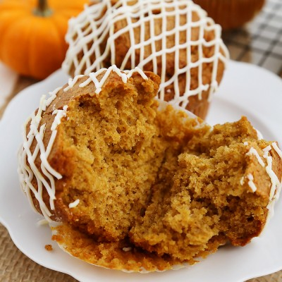 Vanilla Glazed Pumpkin Gingerbread Muffins