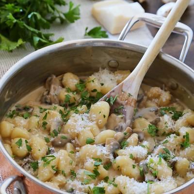 10-Minute Creamy Marsala Mushroom Gnocchi